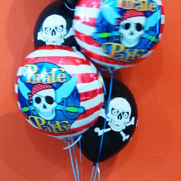 Фигура из воздушных шариков пиратский букет. Высота до 1.6 м.