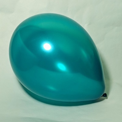 Латексный шарик побольше металик аквамарин.