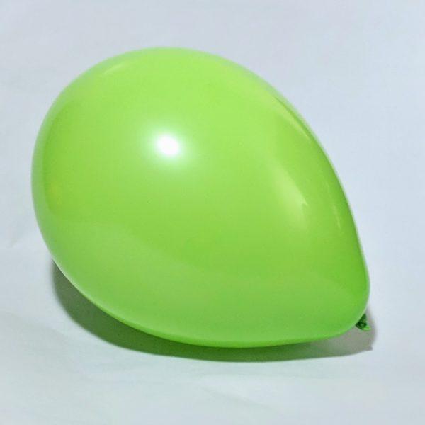 Латексный шарик побольше салатовый пастель.