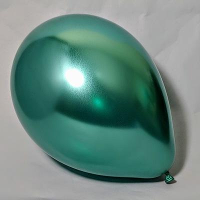 Латексный шарик побольше хром зелёный. Шарикиобработаны Hi-Floatгарантированолетают от 2-3 дней.