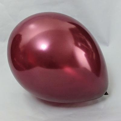 Латексный шарик побольше металик бургундий.