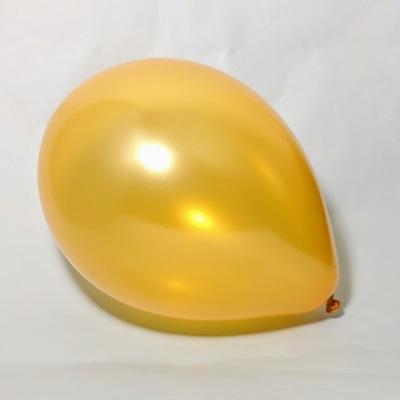 Латексный шарик побольше металик золотой.