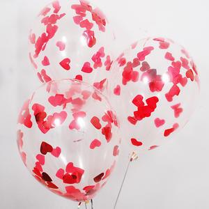 Прозрачный шарик с красными сердечками