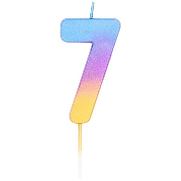 Свеча с градиентом от голубого к золотистому цвету в форме цифры семь. Высота - 6,7 см. Изделие на тонкой пике не нарушает целостность глазури торта. Производитель - Qualatex (США). Красиво дополнит главное угощение праздника.