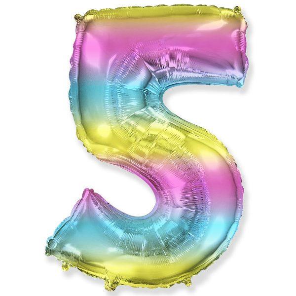 Большой фольгированный шар в форме цифры пять с радужным градиентом