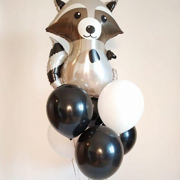 Букет из воздушных шаров с енотом