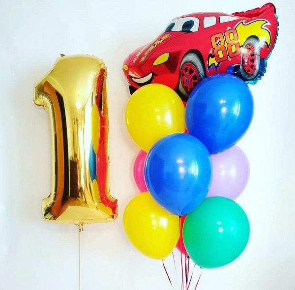 Букет из воздушных шаров с макквином