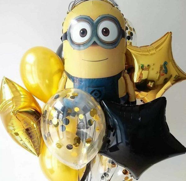 Букет из воздушных шаров с Миньйоном