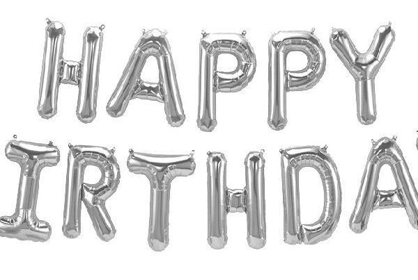 """Комплект фольгированных серебристых букв, составляющих надпись """"Happy Birthday"""""""
